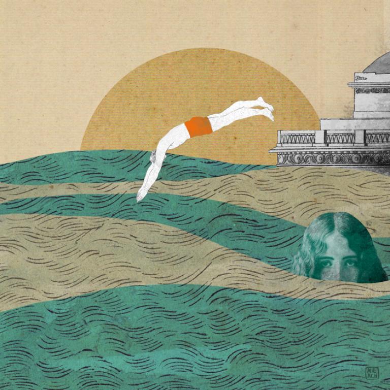 Człowiek skaczący do morza o zachodzie słońca
